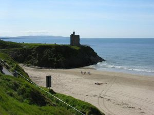 Ballybunion, where the River Shannon meets the Atlantic Ocean (photo from http://www.irelands-directory.com/photos.php?Image=582)