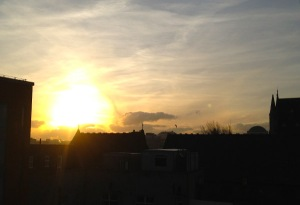 Encore sunrise near full tilt.