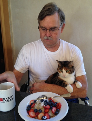Pescia kept John company all morning. Although John declined bacon and eggs, he said he'd like one of what I was having... buckwheat groats with ground flax seed, raw pumpkin seeds, coconut oil, strawberries, and blueberries. Yum!