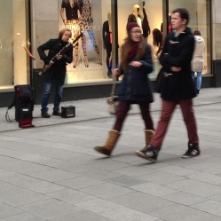 There was a bassoon player out on Henry Street. Double reeds in this cold weather? Burrr.