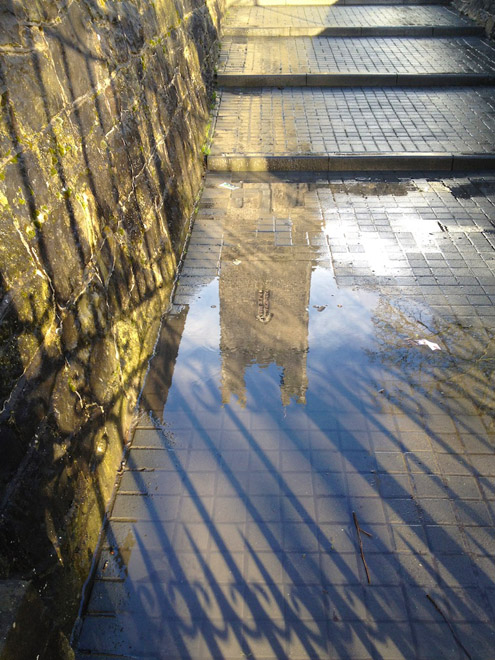 I left Kate Daly's pub and discovered this reflection just moments before my iPhone battery died. The blogging I did with in in Kate Daly's drained it....