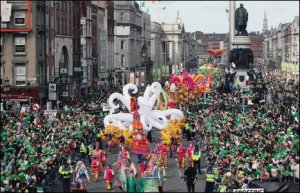 A past parade in Dublin, downloaded from Jim Small's ND Go Irish Blog.