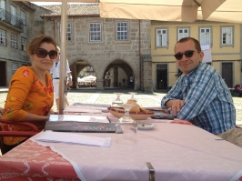 Natascha and Ferrie and I discussed educational research and practice over lunch.