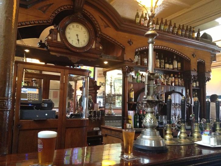 Ryan's Victorian Pub (2)