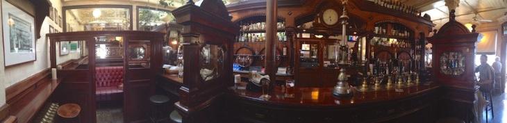 Ryan's Victorian Pub