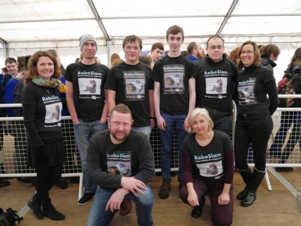 The RoboSlam volunteer team at RDS.