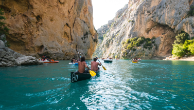 Image from http://www.kayak-marseille.fr/photo-kayak-marseille.php